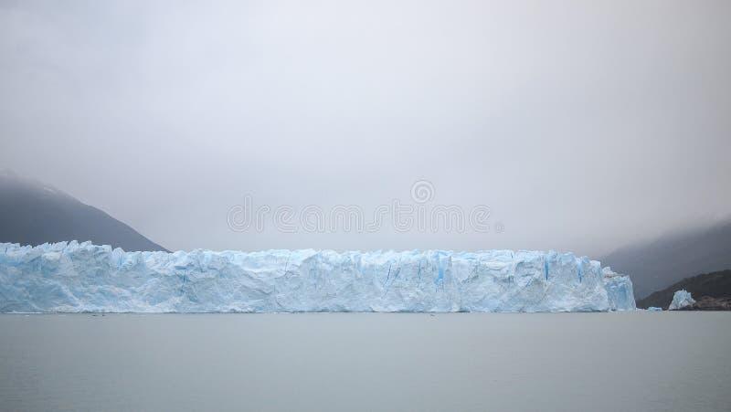 Perito Moreno Approaching imagens de stock