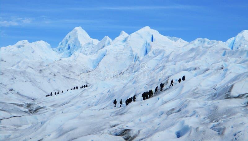 Perito Moreno Glacier Big Ice Trekking με τους τουρίστες, Santa Cruz Αργεντινή στοκ εικόνα