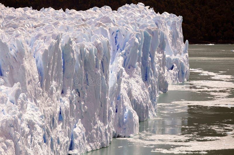 Perito Moreno Glacier en el parque nacional del Los Glaciares, Patagonia, la Argentina fotos de archivo