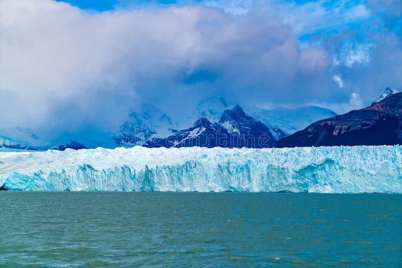 Perito Moreno Glacier en Loa Glaciares National Park imagenes de archivo