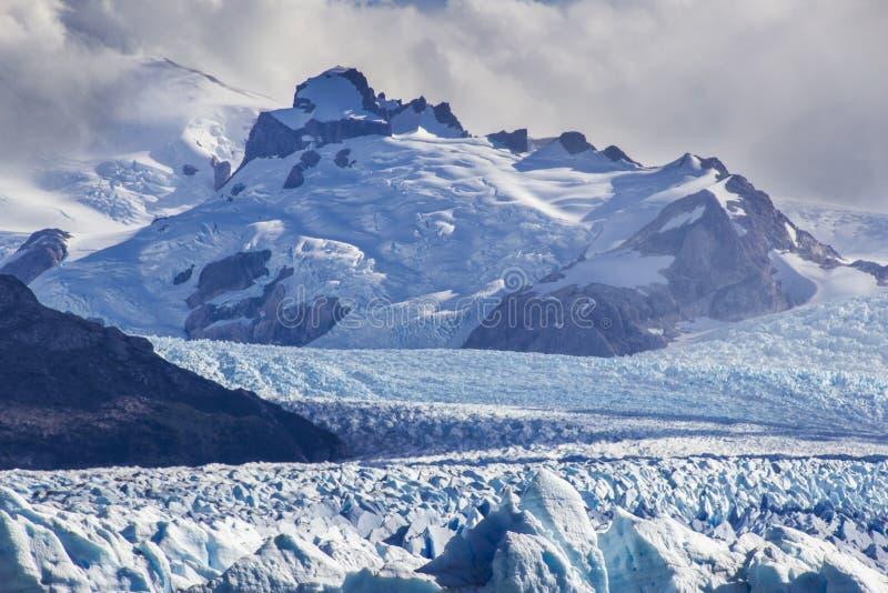 Perito Moreno lodowiec, jeden setki lodowowie przychodzi od Południowego Lodowego pola w Patagonia, Argentyna obrazy royalty free