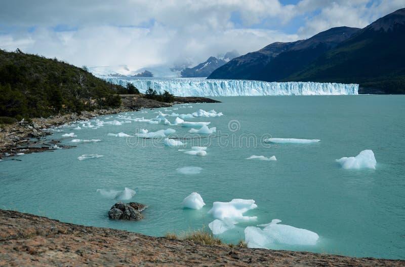 Perito Moreno lodowiec w Los Glaciares parku narodowym w El Calafate, Argentyna, Ameryka Południowa fotografia royalty free