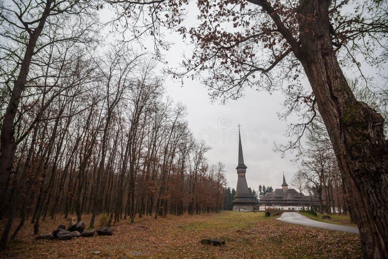 Periträkyrka i Sapanta, Rumänien royaltyfria foton