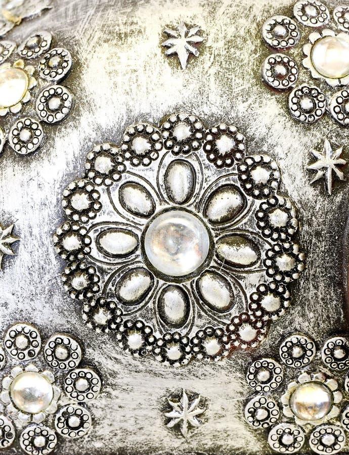 Perlen Sie am Silber lizenzfreie stockbilder