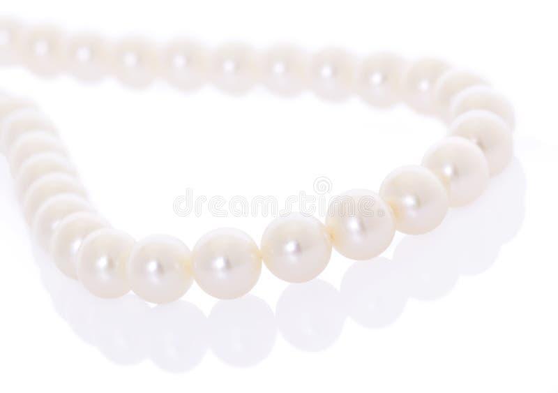 Perlenhalskette stockbild