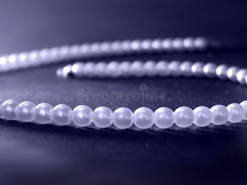 Perles bleues photos stock