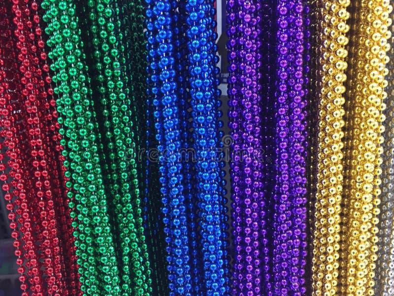 Perles colorées de collier photo stock