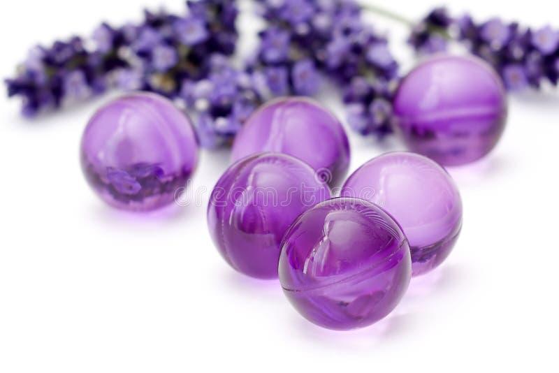 Perles de bain d'huile images stock