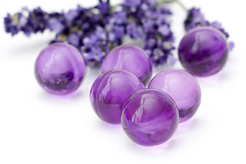 perles de pétrole de bain images stock