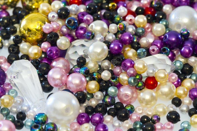Perles en plastique images libres de droits