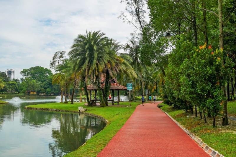 Permaisuri湖庭院是一个著名公园在Cheras 免版税库存照片