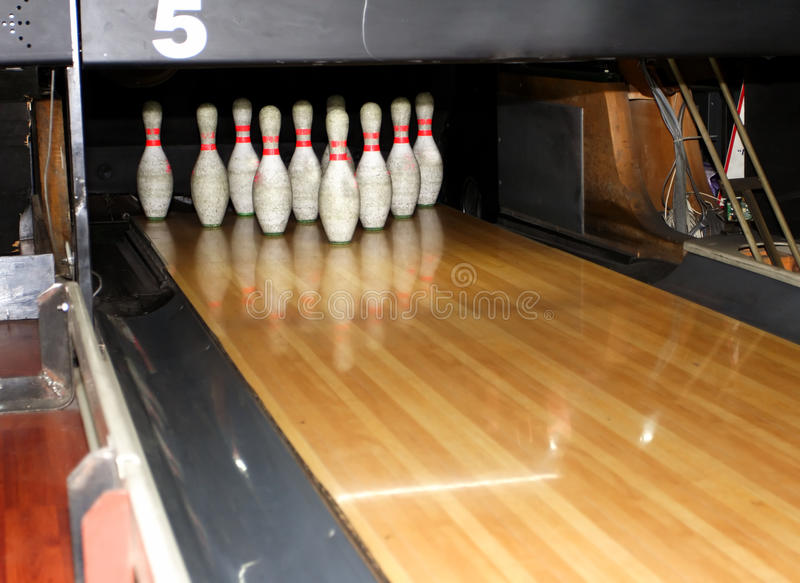 Perni di bowling immagine stock
