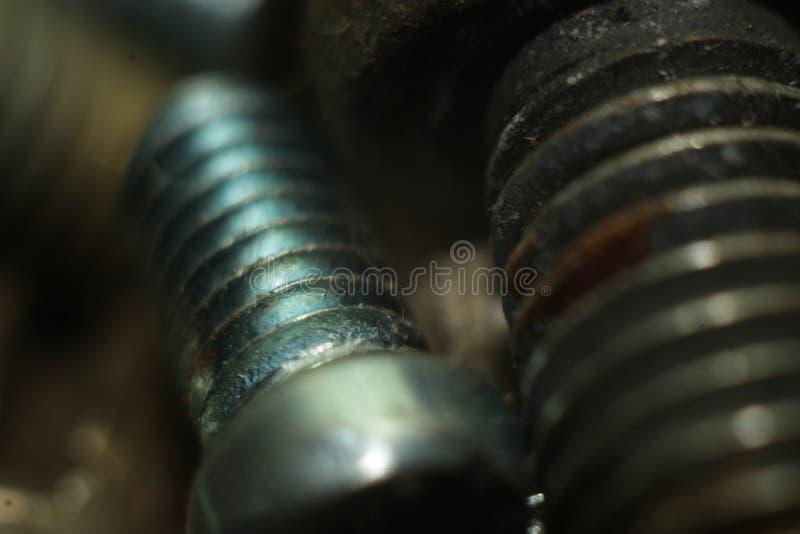 Perno de acero en el tiroteo macro máximo imagen de archivo
