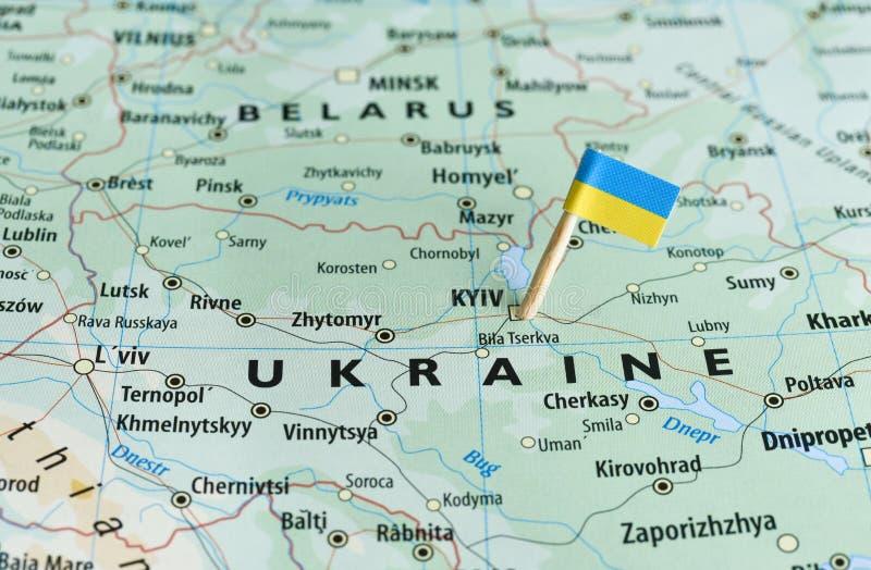 Perno de la bandera del mapa de Ucrania imagen de archivo libre de regalías