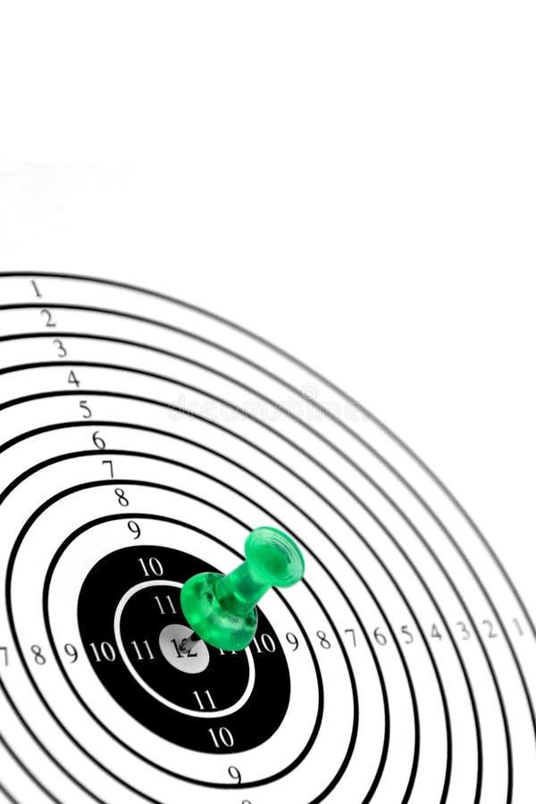 Perno o dardo di verde del wth dell'obiettivo fotografie stock