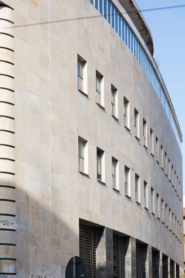 Perpective-Ansicht von 20 Jahrhundertarchitektur, Postenpalast in Napoli lizenzfreies stockfoto