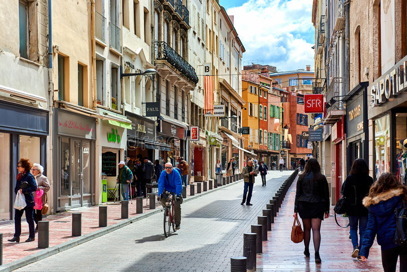 Perpignan main commercial street in the old town france for Mobilier de france perpignan