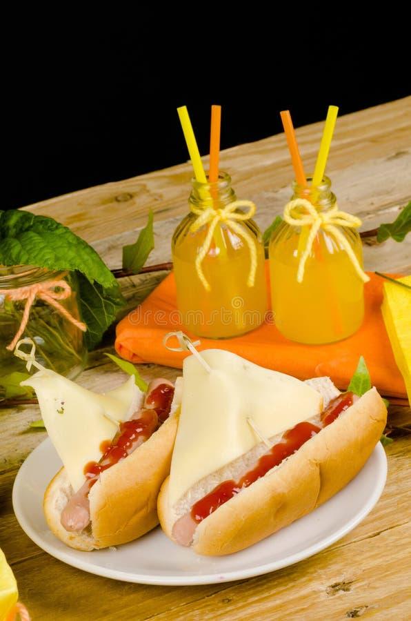 Download Perrito Caliente Del Velero Foto de archivo - Imagen de queso, perro: 42428362