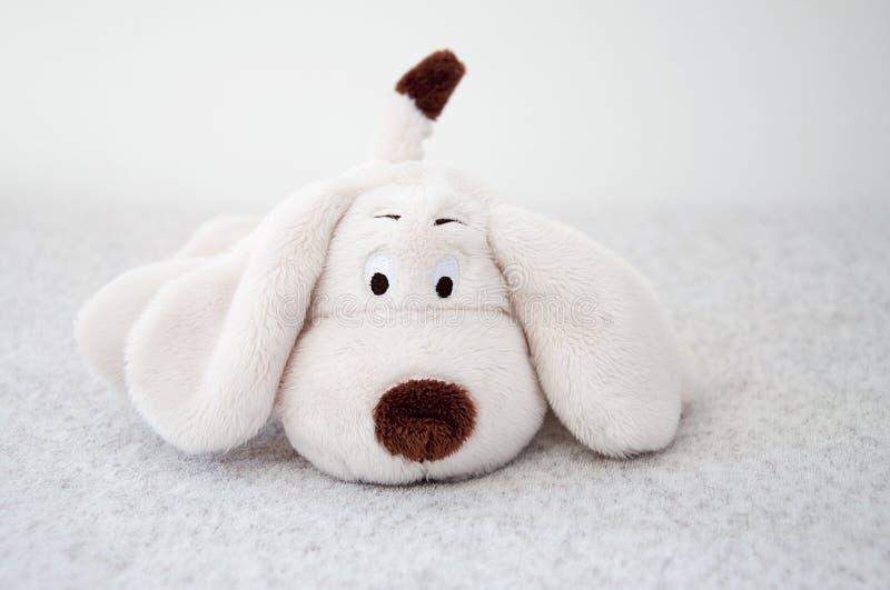 Perro de juguete suave fotos de archivo