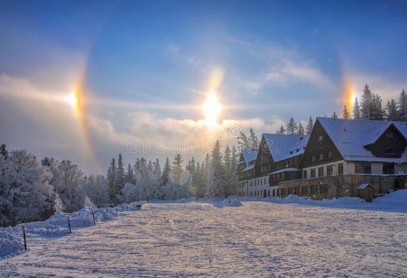 Perro de Sun, un fenómeno atmosférico fotografía de archivo libre de regalías