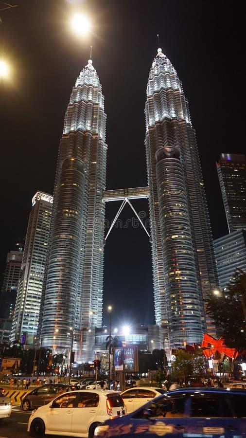 Perron как башни близнецов стоковые фотографии rf