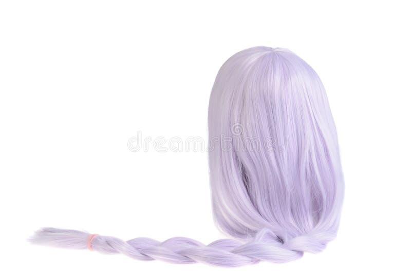 Perruque colorée mauve d'isolement avec une queue de cheval photos stock