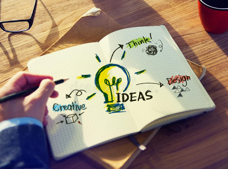 Persönliche Perspektive von Person Planning für Ideen lizenzfreie stockbilder