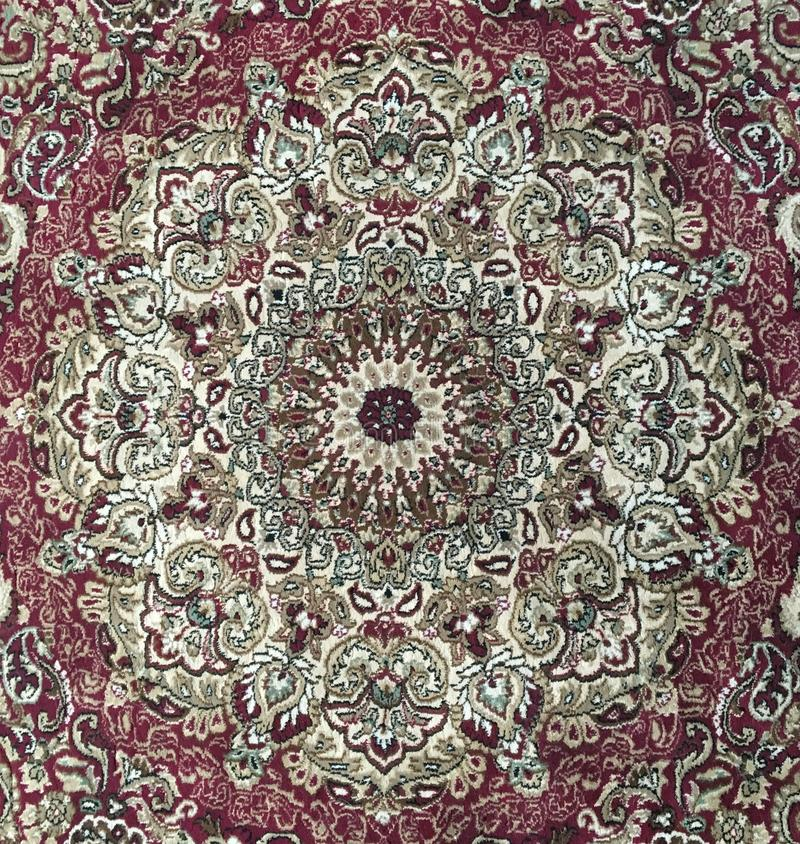 Persa dywanika stylowy projekt - kółkowy czerwony chodnik obraz royalty free