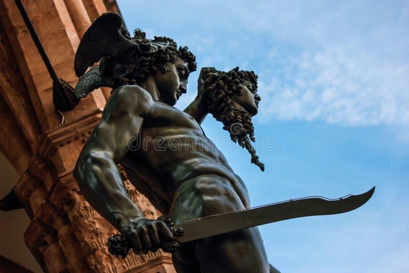 Perseo met het hoofd van Kwalstandbeeld stock foto's