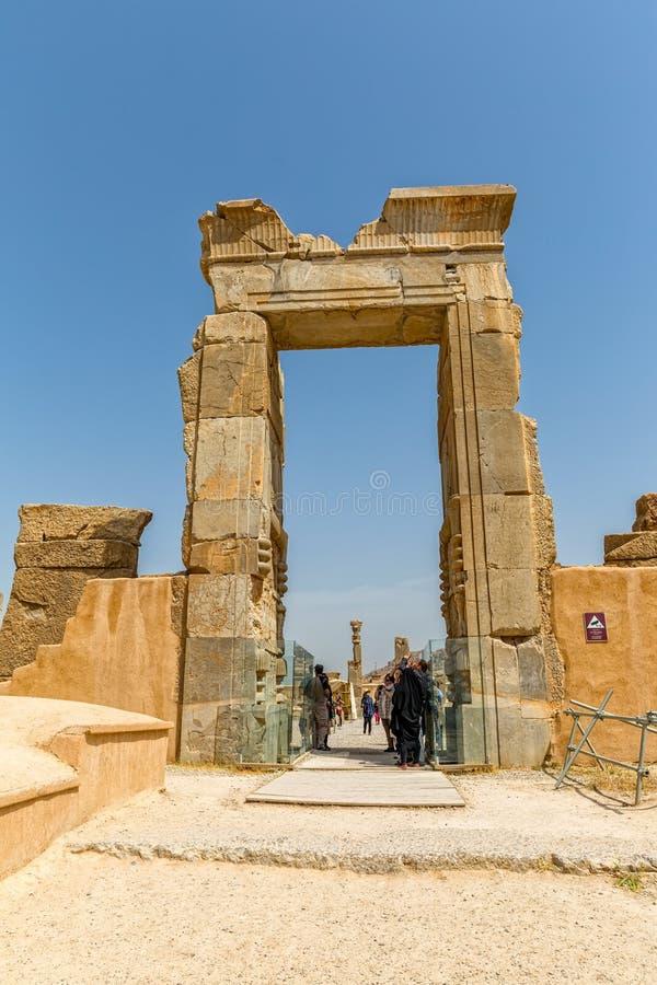 Persepolis jätte- port royaltyfria foton