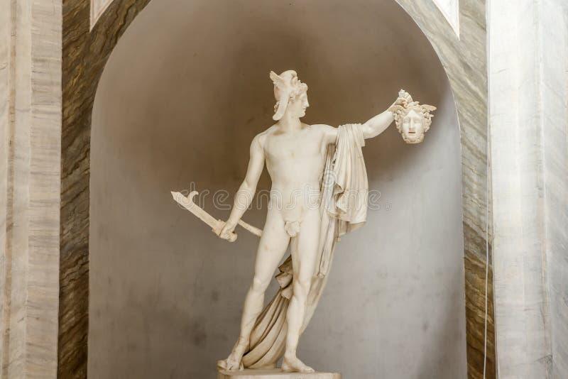 Perseus держа голову Медузы, Италии стоковые фото