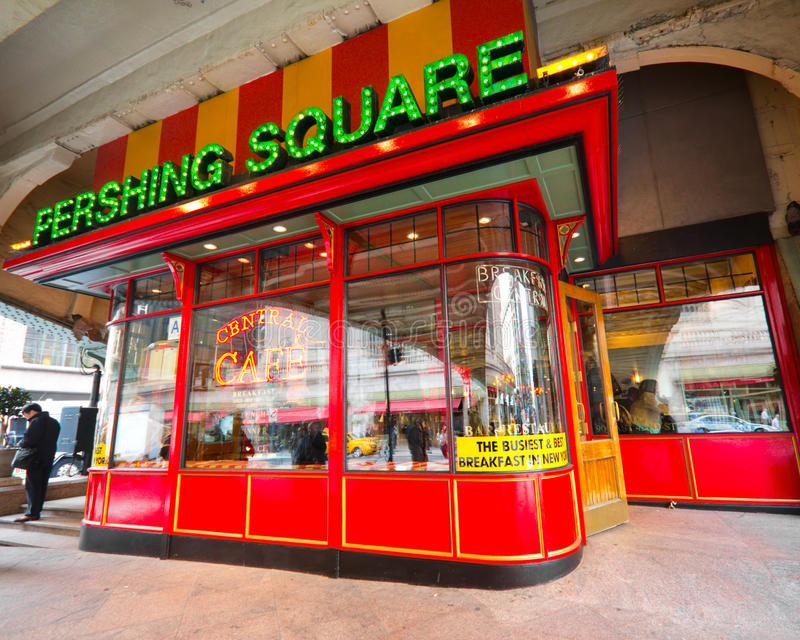Download Pershing Square NYC editorial image. Image of breakfast - 24250060