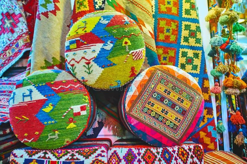 Perskie podgłówek poduszki, Shiraz, Iran fotografia stock