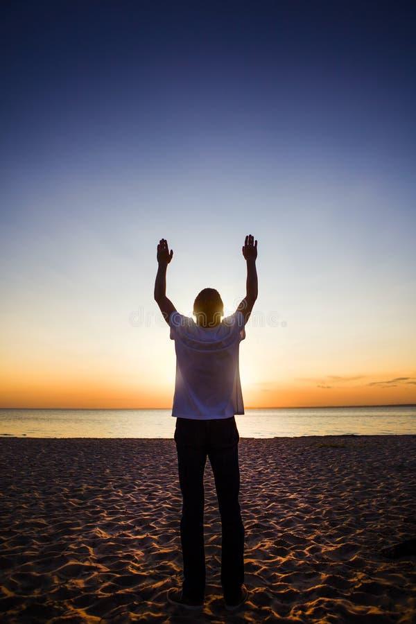 Person Praying feliz foto de stock