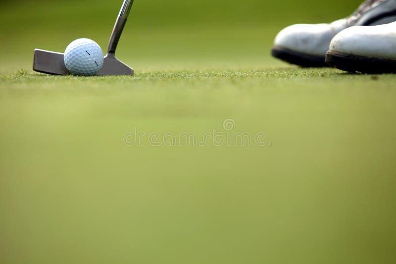 Person som spelar golf, lågt avsnitt arkivfoton