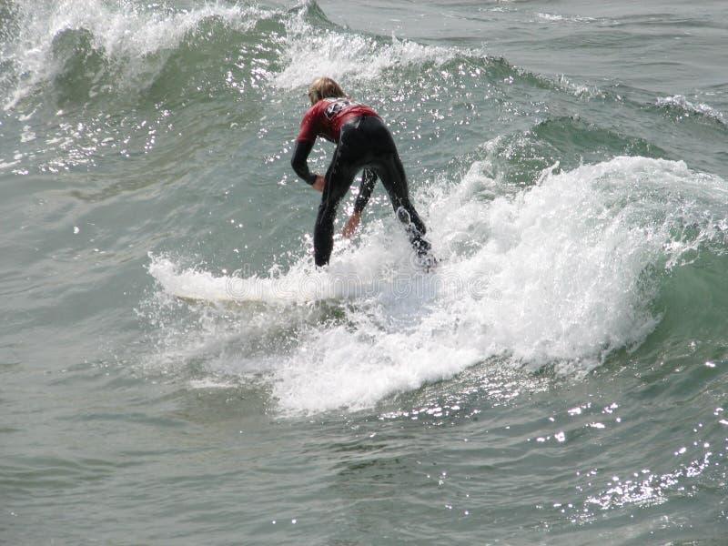 Persona que practica surf de Cali imagen de archivo