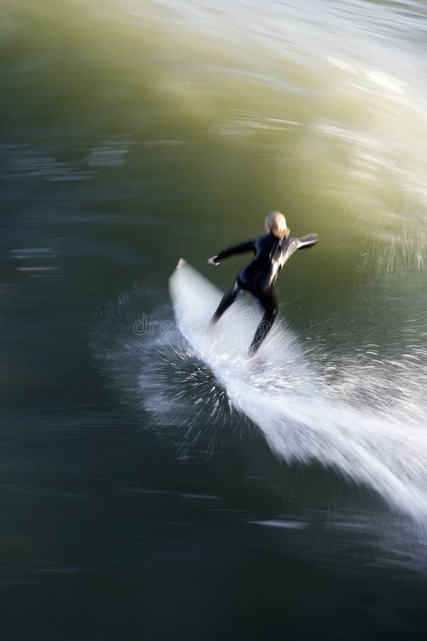 Persona que practica surf de la velocidad imagen de archivo