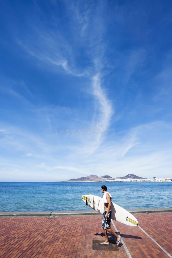 Persona que practica surf Gran Canaria imagen de archivo