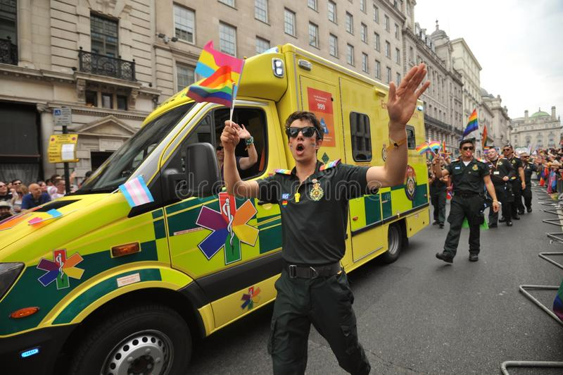 Personale dell'ambulanza al gay pride a Londra, Inghilterra 2019 fotografia stock