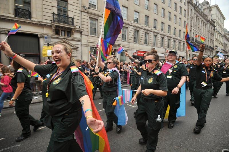 Personale dell'ambulanza al gay pride a Londra, Inghilterra 2019 fotografie stock