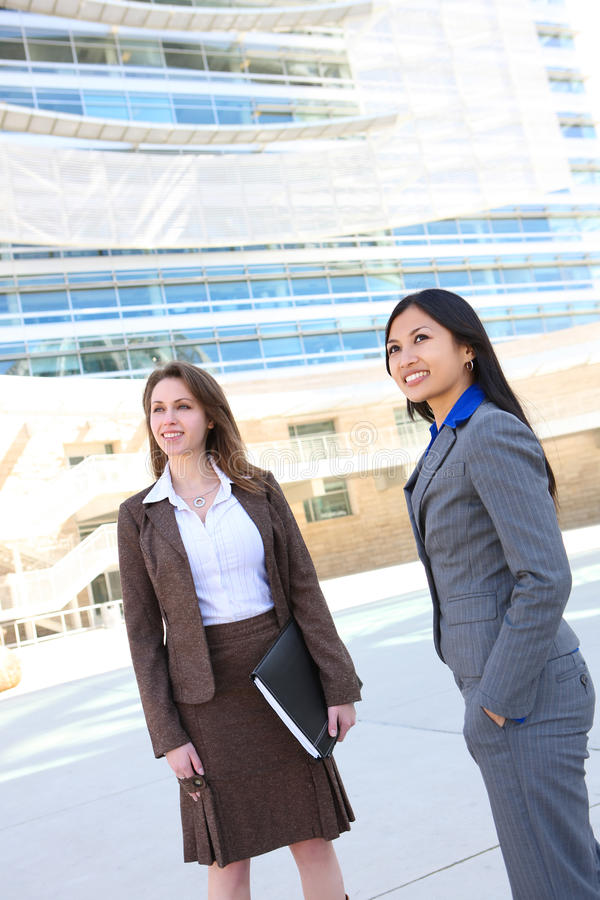Personas de la mujer de negocios en la oficina imagenes de archivo