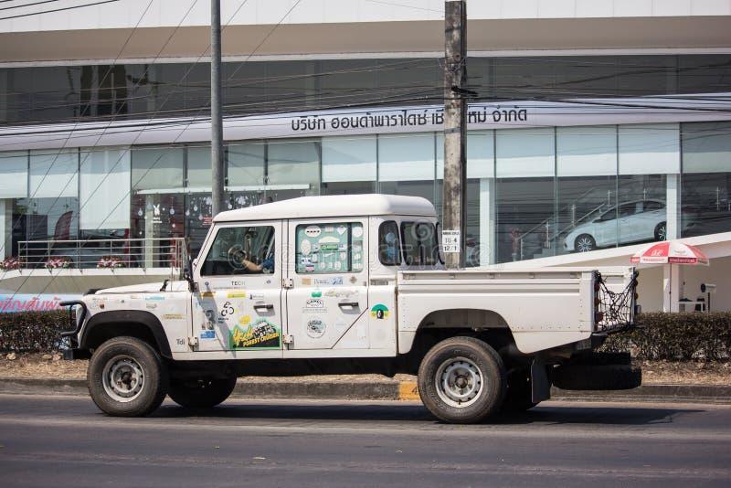 Personbil Land Rover Truck royaltyfri fotografi