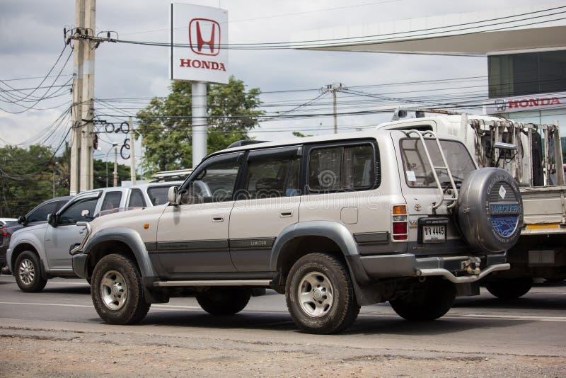 Personbil Toyota landkryssare arkivbilder