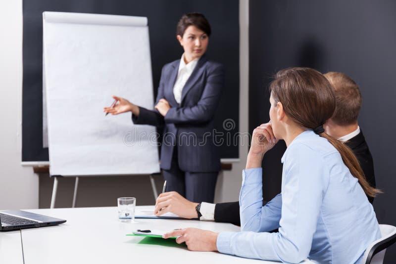 Persone di affari che sono sulla conferenza immagine stock libera da diritti
