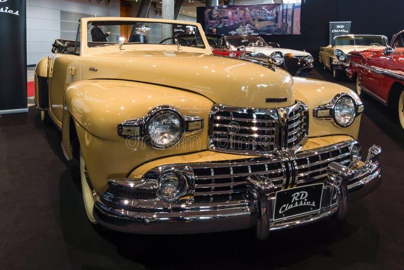 Personlig lyxig bilLincoln Continental cabriolet, 1948 royaltyfri foto