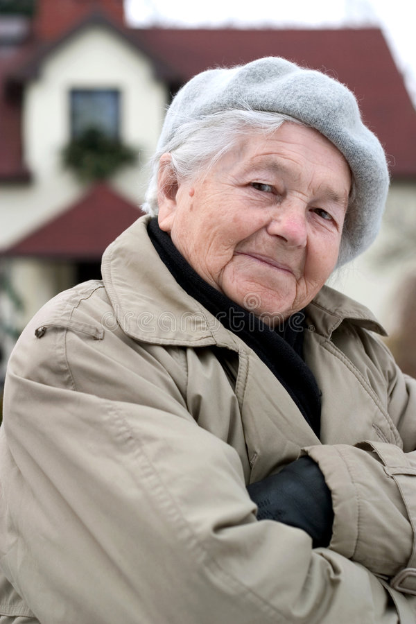 Personne âgée pleine d'assurance images libres de droits