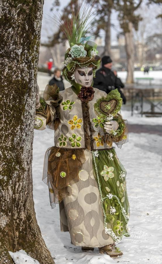 Personne déguisée - carnaval vénitien 2013 d'Annecy photo stock