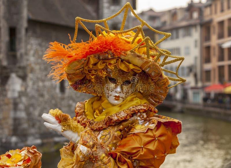 Personne déguisée - carnaval vénitien 2014 d'Annecy photos libres de droits