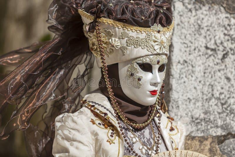 Personne d?guis?e - carnaval v?nitien 2014 d'Annecy photos stock