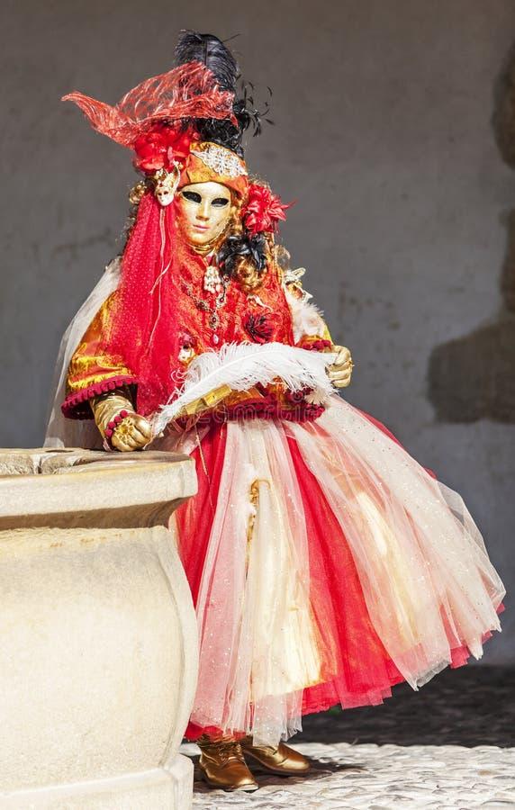 Personne d?guis?e - carnaval v?nitien 2014 d'Annecy photographie stock libre de droits